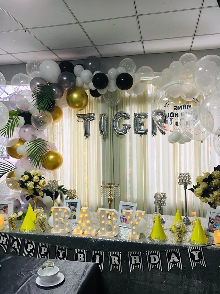 Đức Balloons trang trí tiệc cực kì đẹp, các đồ phụ kiện sinh nhật rất bắt mắt
