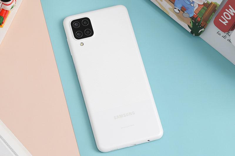Điện thoại Samsung Galaxy A12 (4GB/128GB)