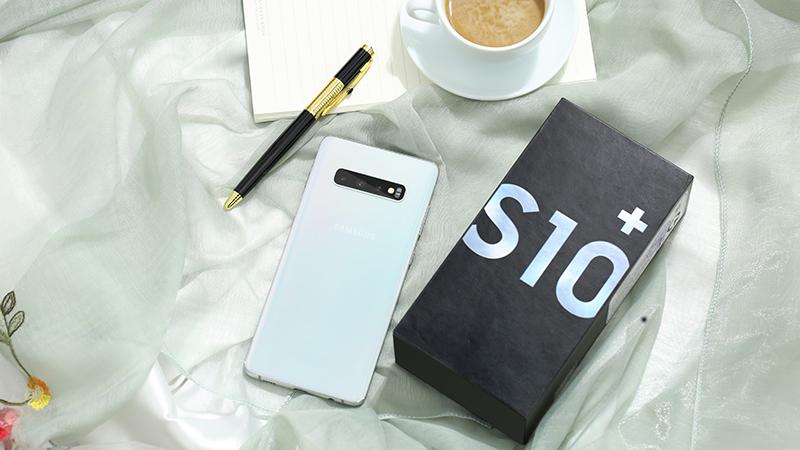 Điện thoại Samsung Galaxy S10+