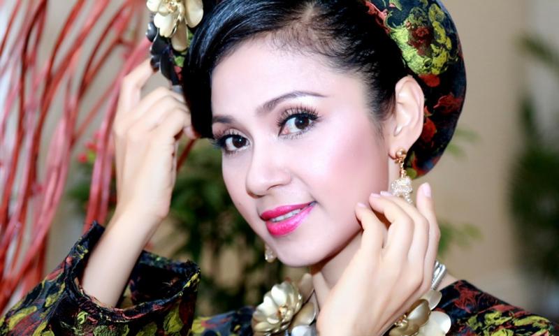 Diễn viên Việt Trinh