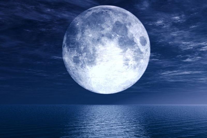 Ngắm siêu trăng như thế nào để thấy hình ảnh đẹp nhất?