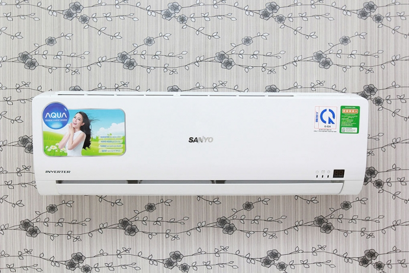 AQA - KCRV9WGSB: Điều Hòa AQUA 1 Chiều Inverter 1.0HP 900BTU