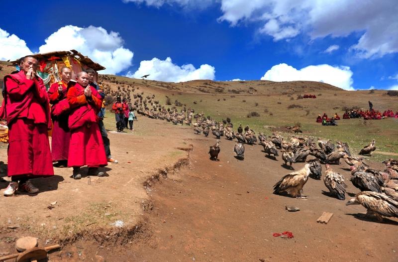 Điểu táng tại Tây Tạng