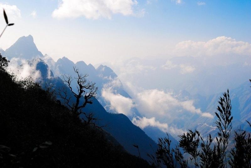 Đỉnh núi  Fansipan - Lào Cai