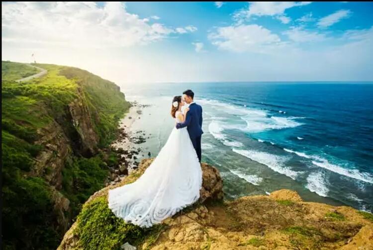 Đỉnh Thới Lới, nơi các cặp uyên ương đến chụp ảnh cưới