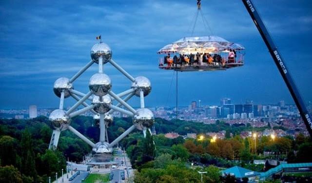 Dinner In The Sky - Vương quốc Bỉ