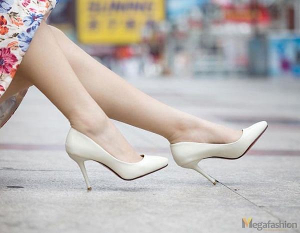 Chắc chắn đôi chân của bạn sẽ thoải mái hơn rất nhiều với giày cao vừa phải