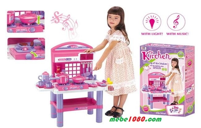 Các bé sẽ có thể thỏa sức sáng tạo và tha hồ khám phá những niềm vui trong công việc nấu nướng và vào bếp giống như mẹ