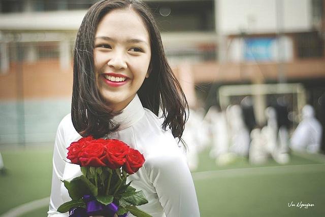 Cố gái xinh đẹp Đỗ Hà Anh