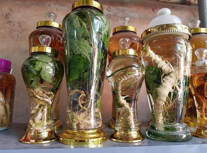 Shop luôn cung cấp cho thị trường những nguyên liệu ngâm rượu từ các loại thảo dược quý, đảm bảo về chất lượng cho từng sản phẩm.