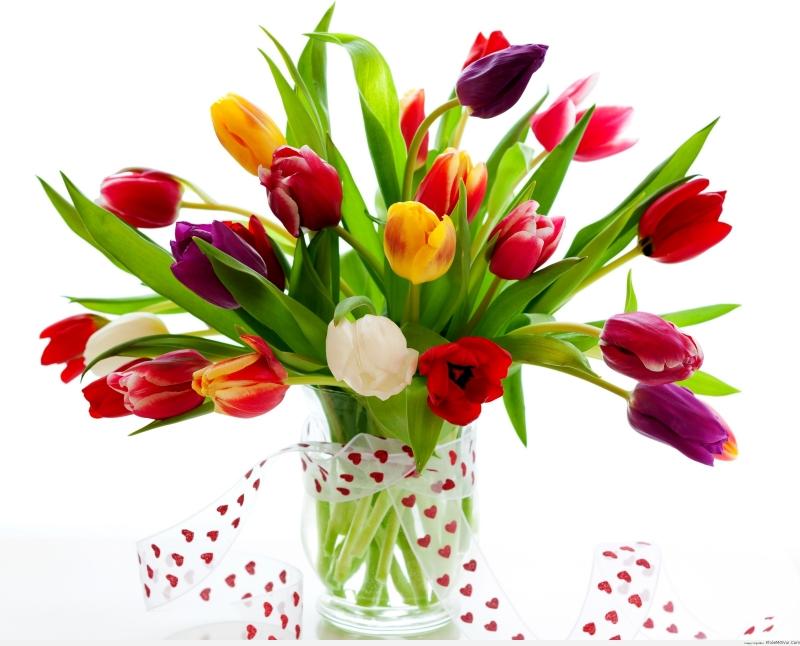 Đổ nước súc miệng Listerine vào nước cắm hoa