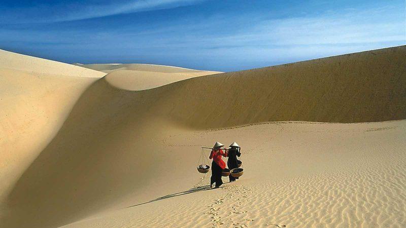 Đồi cát vàng Nhĩ Hạ