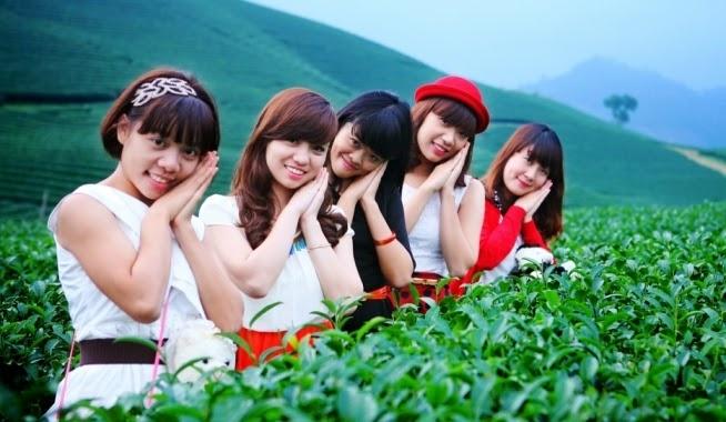 Đồi chè Mộc Châu là nơi chụp ảnh yêu thích của nhiều bạn trẻ