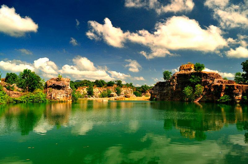 Hồ Tà Pạ - tuyệt tình cốc của miền Tây
