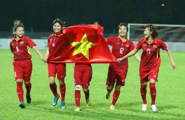 Khoảnh khắc đội tuyển bóng đá nữ giành HCV tại SEA Games 29