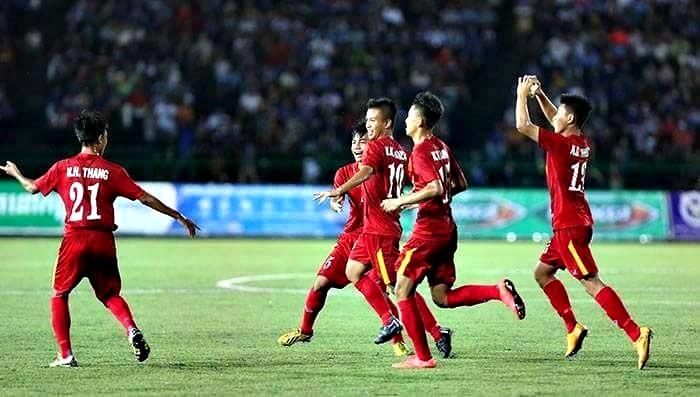 Niềm vui chiến thắng của các cầu thủ U16 Việt Nam.