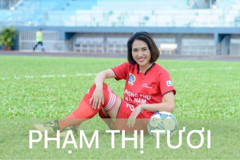 Nữ cầu thủ Phạm Thị Tươi