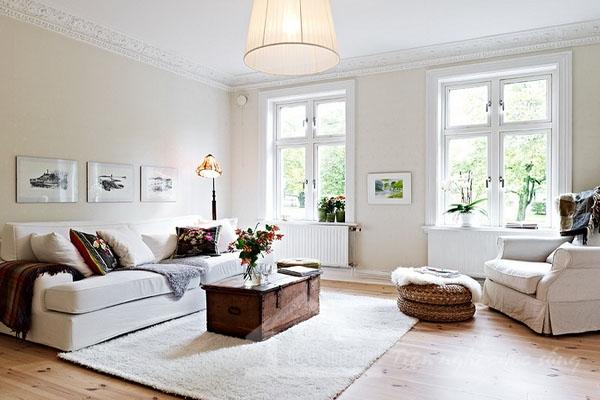 Dọn dẹp và lau sạch toàn bộ căn nhà