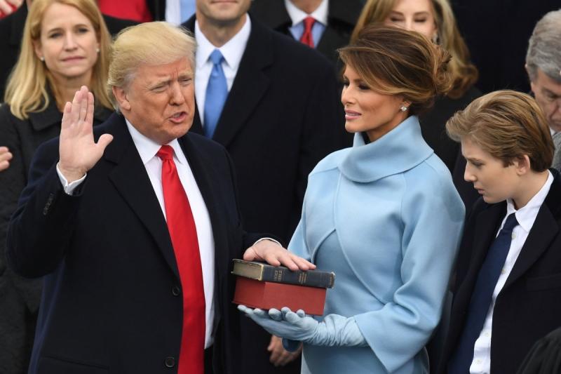 Donald Trump tuyên thệ nhậm chức tổng thống Mỹ
