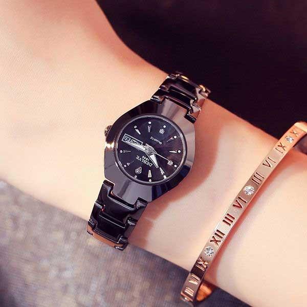Đồng hồ là lựa chọn thể hiện tình cảm bền lâu