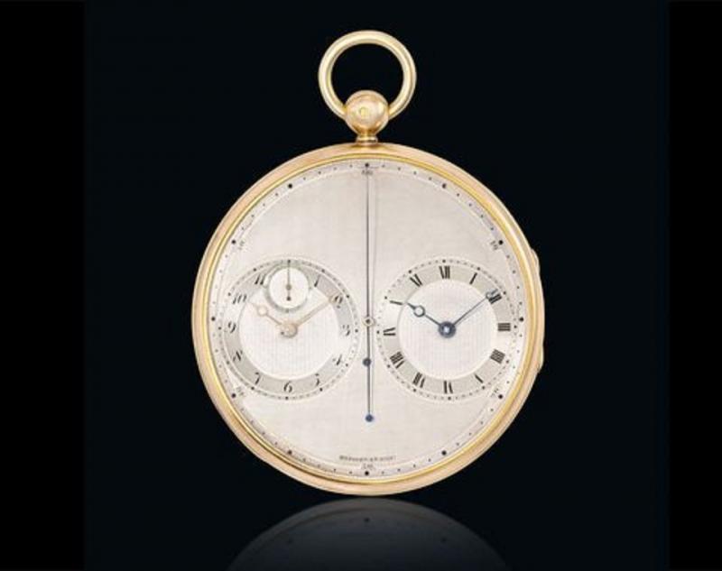 2667 Precision sử dụng 18 carat vàng và bạch kim, gồm 2 đồng hồ con đối xứng với nhau cùng hoạt động