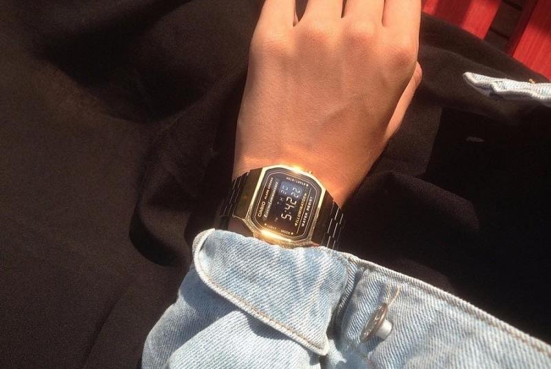 Đồng hồ casio vintage 80s authentic