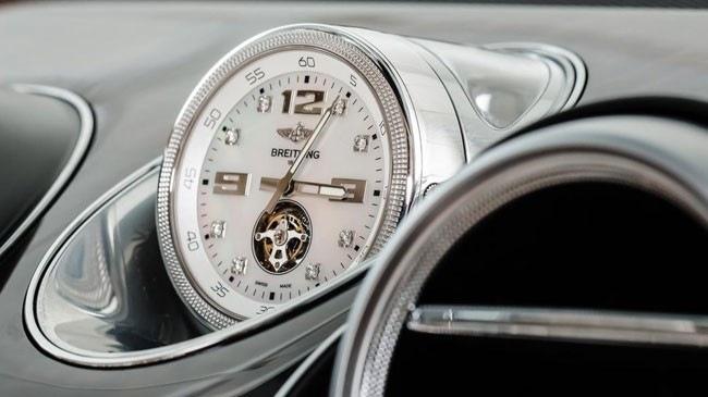 Đồng hồ cho xe Bentley Bentayga: 160.000 USD