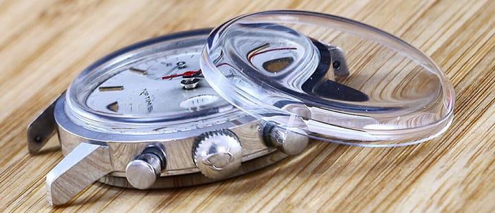Thay kính đồng hồ