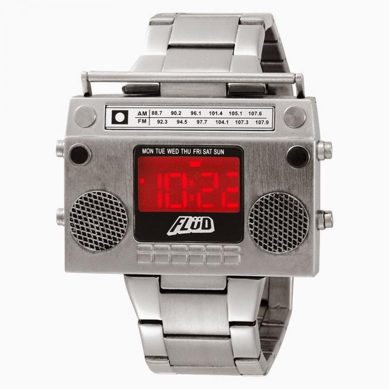 Đồng hồ thiết kế như bom hẹn giờ.