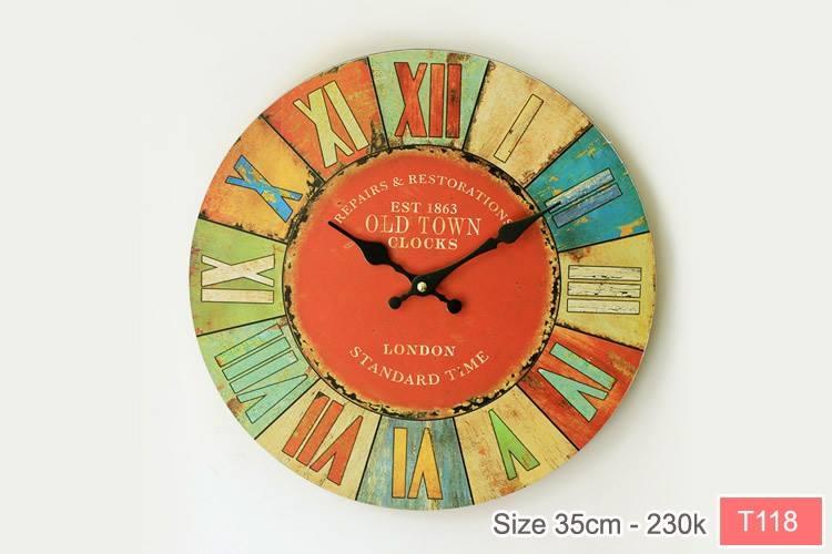 Chiếc đồng hồ treo tường này tạo cho bạn một cảm giác thân quen, đầm ấm.