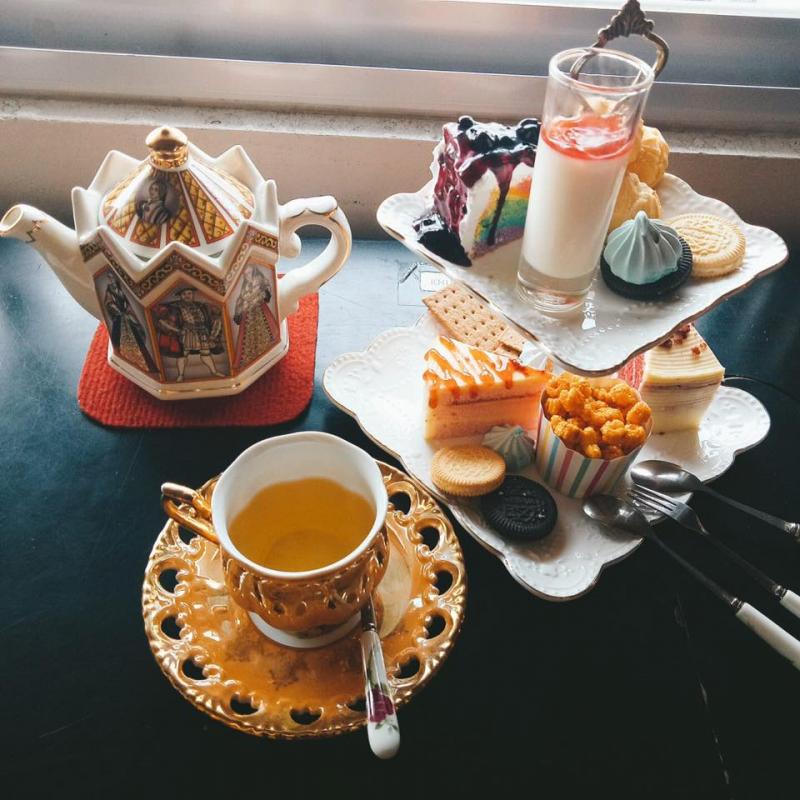 Đồng Hoa chính là quán bánh trà đầu tiên mang trà và bánh phong cách châu Âu