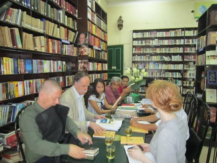 Đông Tây - nhà xuất bản tư nhân uy tín nhất Việt Nam