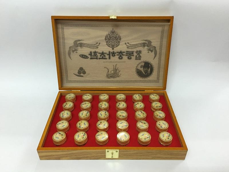 Đông trùng hạ thảo Hàn Quốc hộp gỗ 30 viên dạng bột là sản phẩm Đông Trùng Hạ Thảo được nhiều khách hàng tin dùng