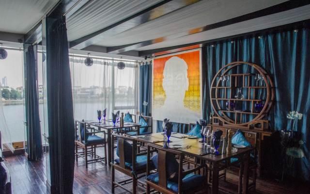 Không gian nghệ thuật tạo cảm giác thú vị ở Don's A Chef's Bistro - Tây Hồ