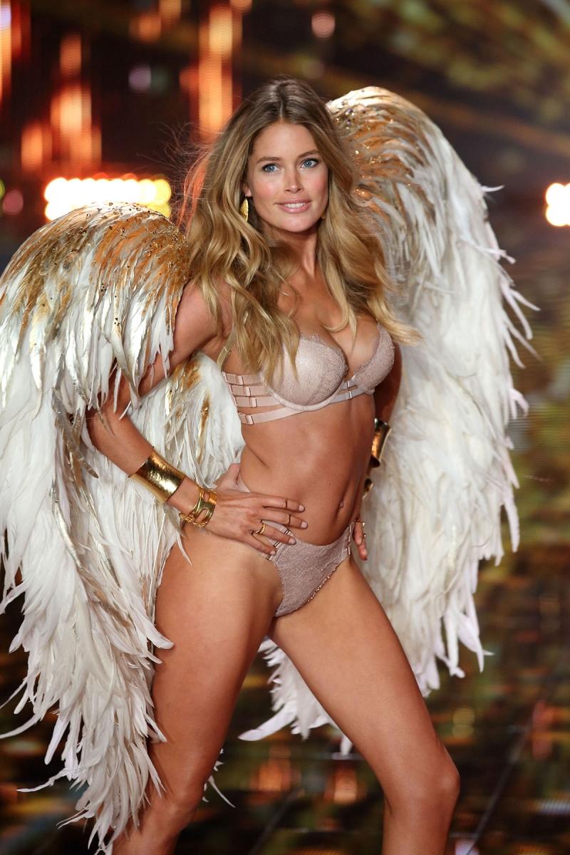 Doutzen Kroes là thiên thần có vòng 3 đẹp nhất