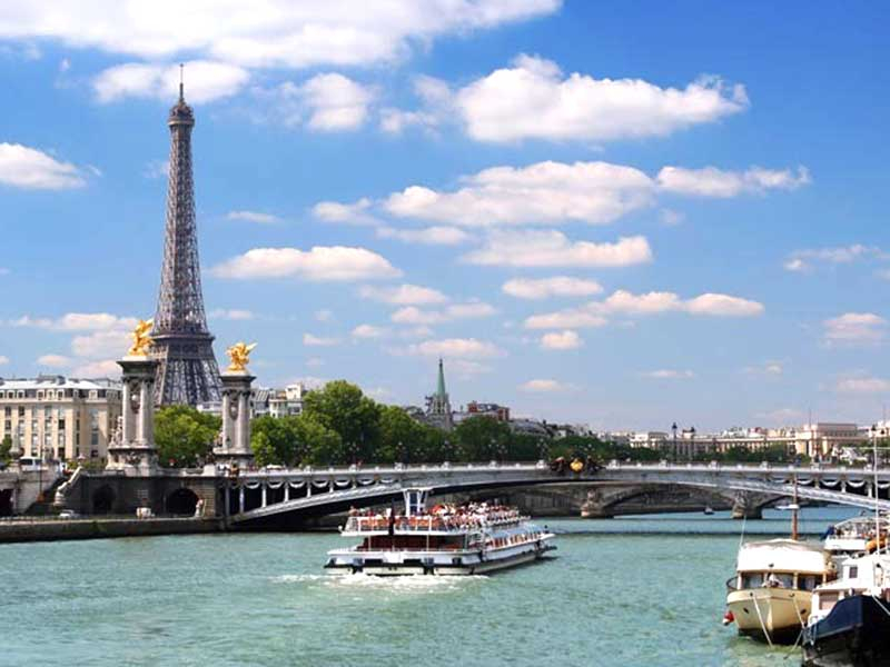 Du ngoạn sông Seine