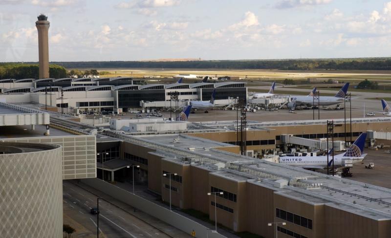 Bạn sẽ rất muốn nhìn thấy sân bay ở Houston sau một trong những chuyến bay dài nhất thế giới như thế này.