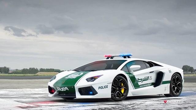 Xe có thể tăng tốc lên đến 350km/h