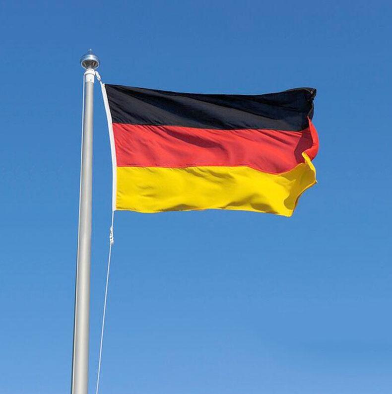So với Brasil, những lần vô địch World Cup của Đức còn gian nan và vất vả hơn nhiều.
