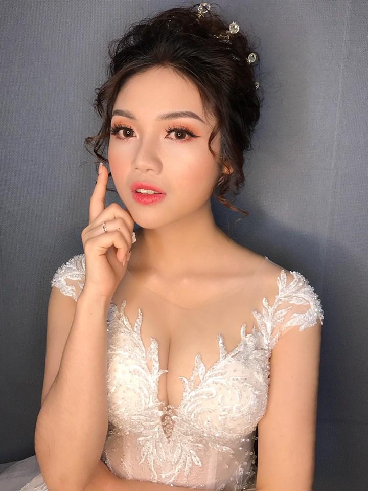 Dundun Bridal Makeup Studio
