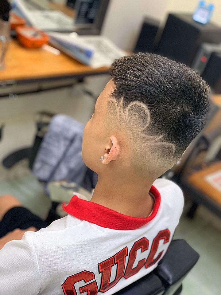Dũng barber shop