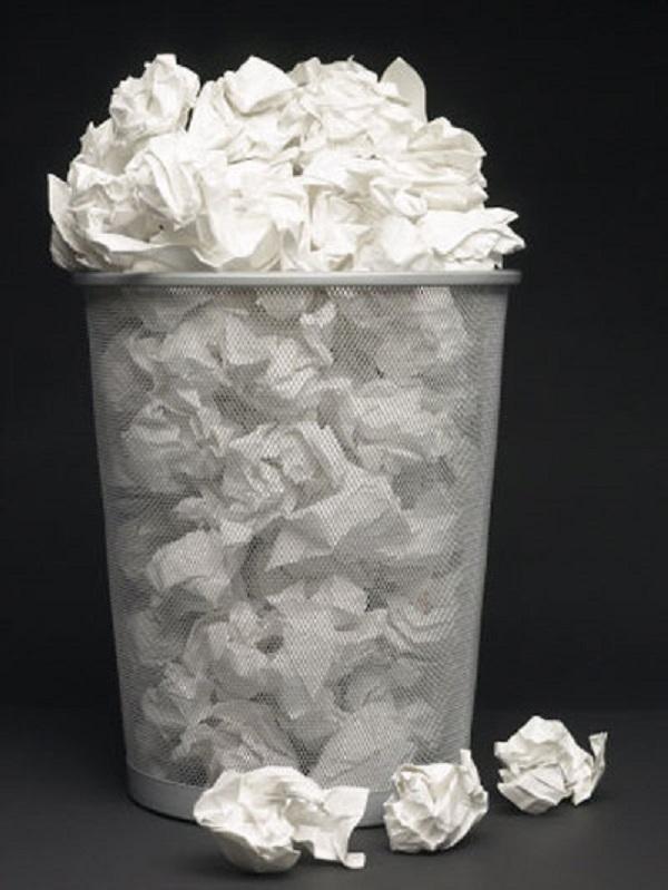 Tiền không phải là giấy để có thể dễ dàng vứt đi