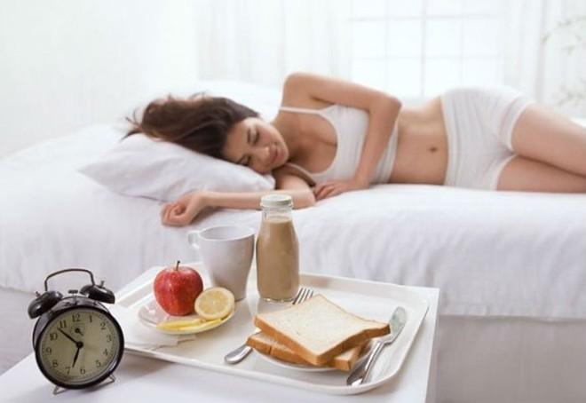Ăn sáng đúng thời điểm sẽ giúp bạn hấp thụ và tiêu hóa thức ăn tốt nhất