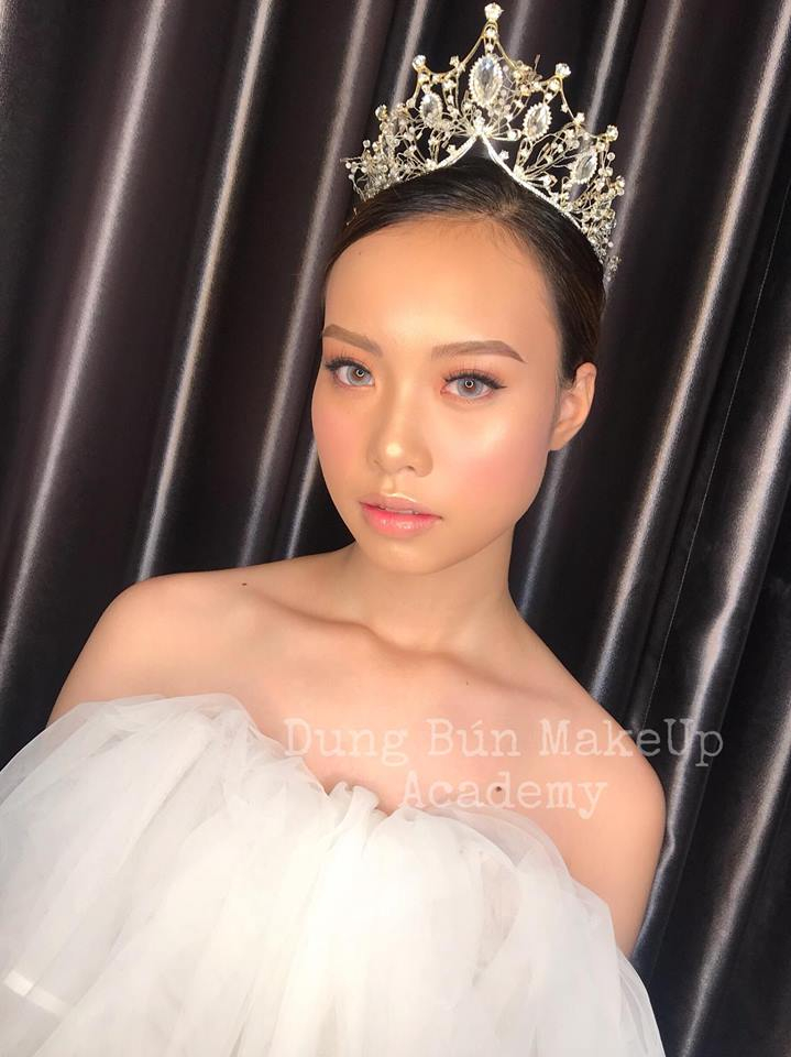 Dung Bún - Make Up & Wedding