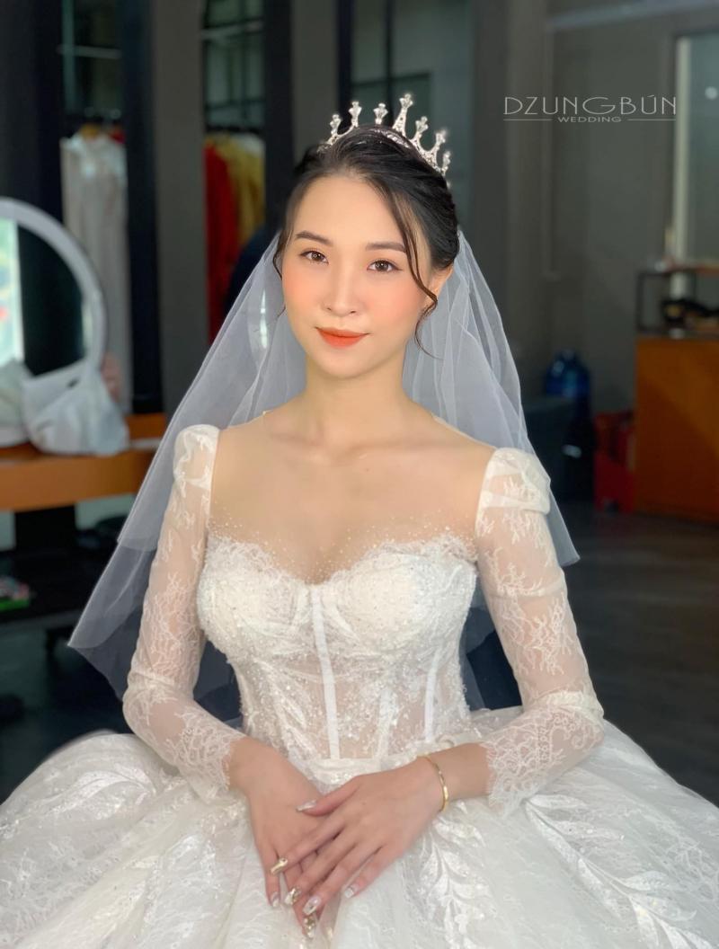 Dung Bún - Make Up & Wedding