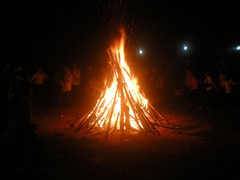 Dùng chậu lửa