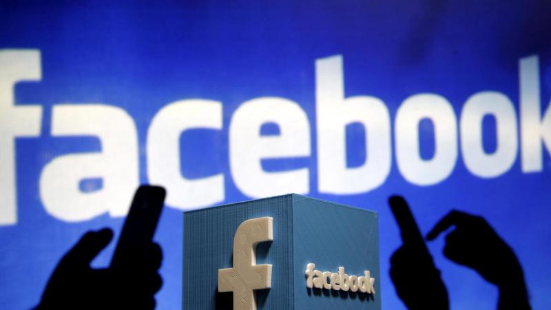 Đừng đăng bất cứ status bi lụy nào lên mạng xã hội