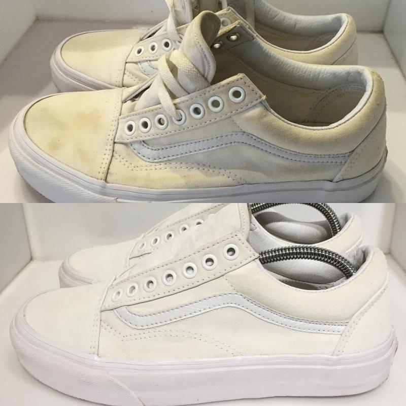 Dùng dầu gội nhẹ dịu để làm sạch vết dầu mỡ trên giày