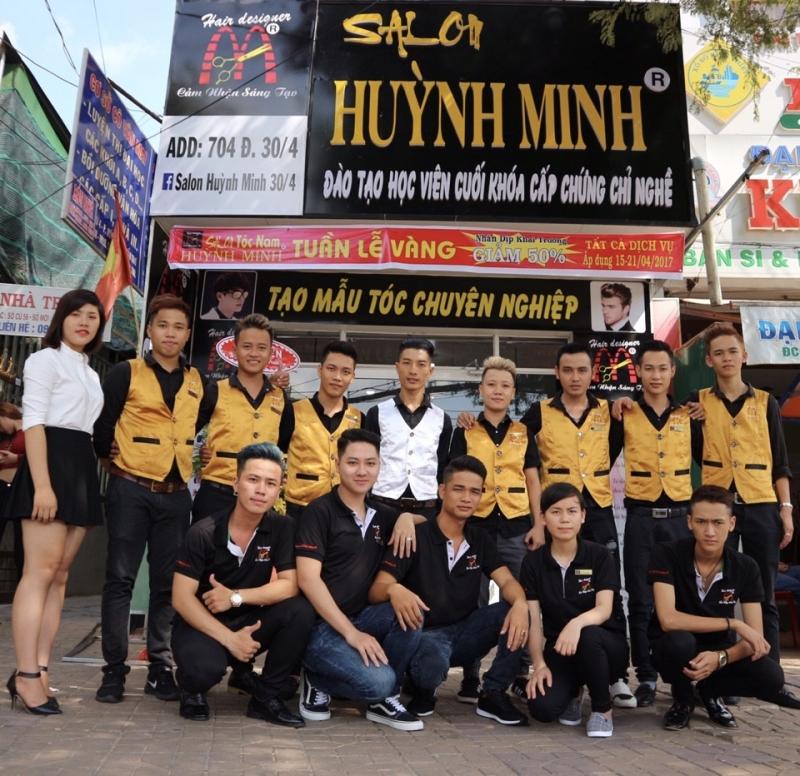 Salon tóc Huỳnh Minh chi nhánh 30/4 - Cần Thơ