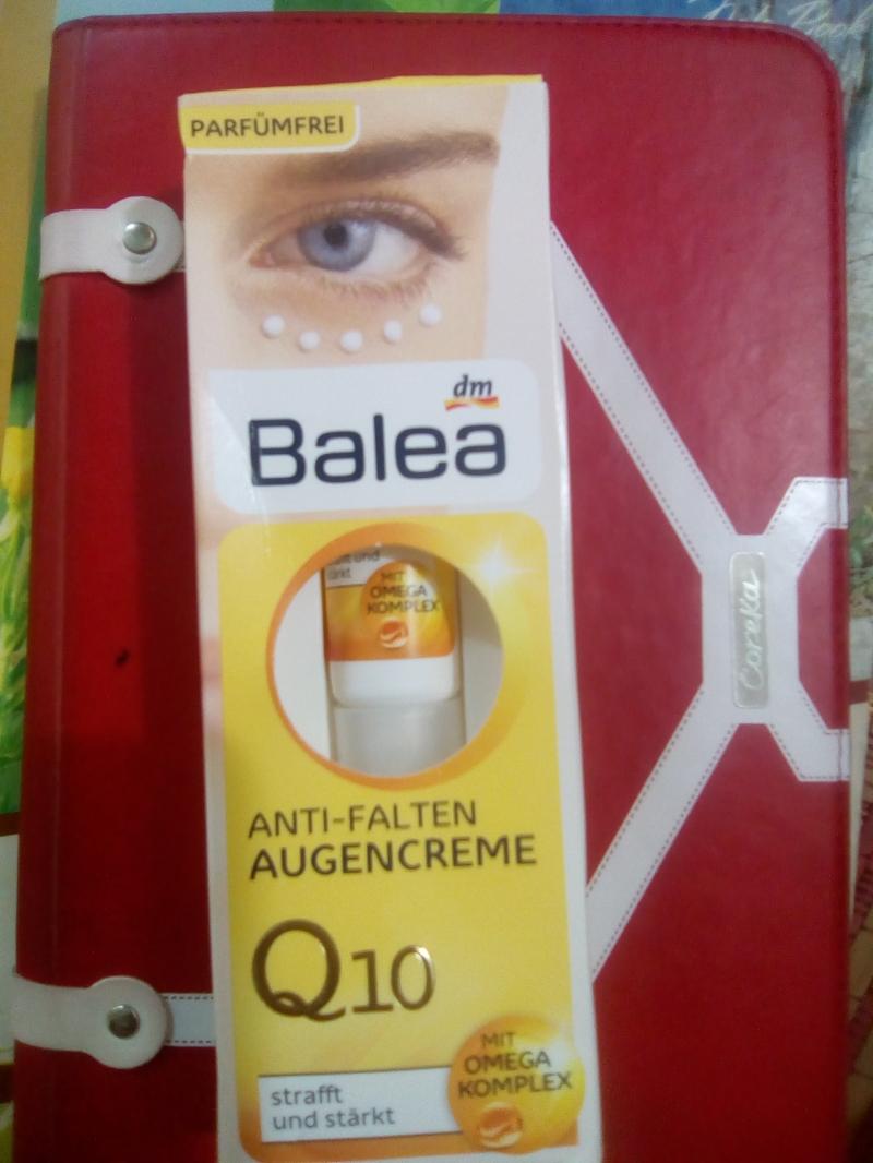 Dùng kem mắt càng sớm càng tốt